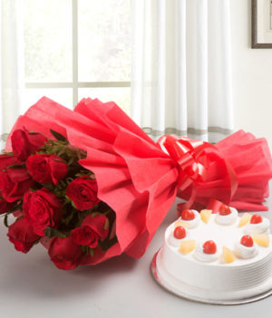 10 Red Roses and Pineapple Cake