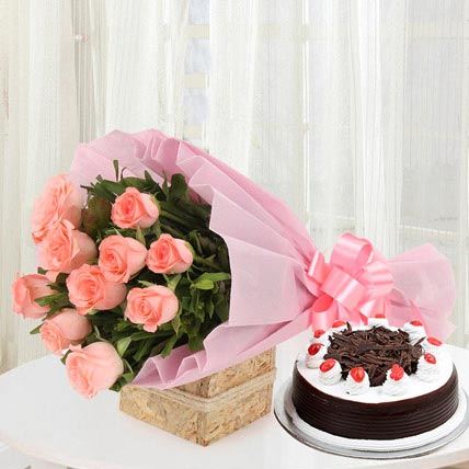 10 Pretty Pink Roses With Black Forest Cake