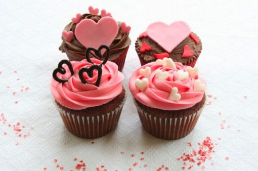 Valentines Day Little Hearts 6 Cupcakes